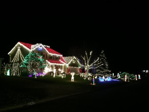 932 watchcreek drive christmas lights displays