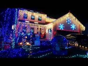 Independence Christmas lights display